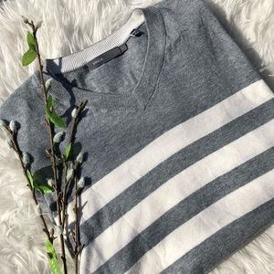 VINCE Grey/White Striped Sweater Size Large